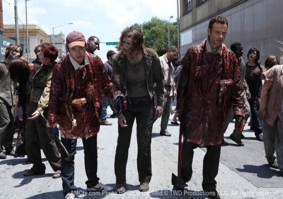Rick e Glenn em uma desanimada manifestação da PETA