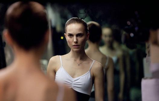 Filme de terror para mulheres? Tem que incluir espelhos.