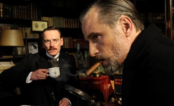 Dr. Freud, o senhor está querendo medir a autoridade pelo tamanho do charuto?
