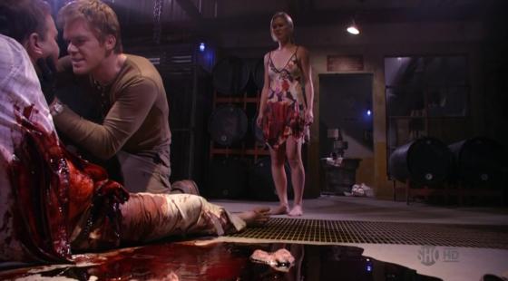 Tsc... amanhã vou ter que fazer hora extra pra analisar todo esse sangue.